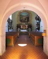 Interiér kostela Deštné